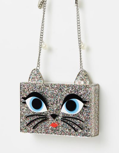 "<a href=""https://www.theiconic.com.au/choupette-minaudiere-497504.html"" target=""_blank"" draggable=""false"">Karl Lagerfeld Choupette Minaudiere, $260</a><br>"