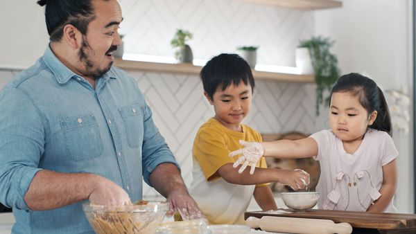 Adam Liaw's ultimate gingerbread house