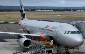Jetstar cancels flights ahead of strike action, passengers warned to expect delays