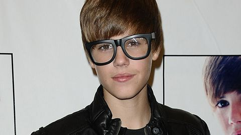 Justin Bieber S Geek Glasses Hot Or Not 9celebrity