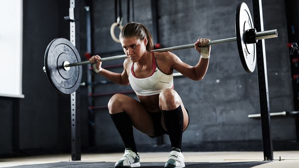 Why free weights are better than machines in the gym - 9Coach