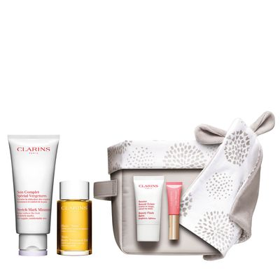 "<strong><em>Don't forget to treat mums-to-be this Mother's Day</em></strong> - <a href=""http://www.clarins.com.au/Motherhood-Pregnancy-Set/80028010.html"" target=""_blank"" draggable=""false"">Clarins Motherhood Pregnancy Set, $115</a>"