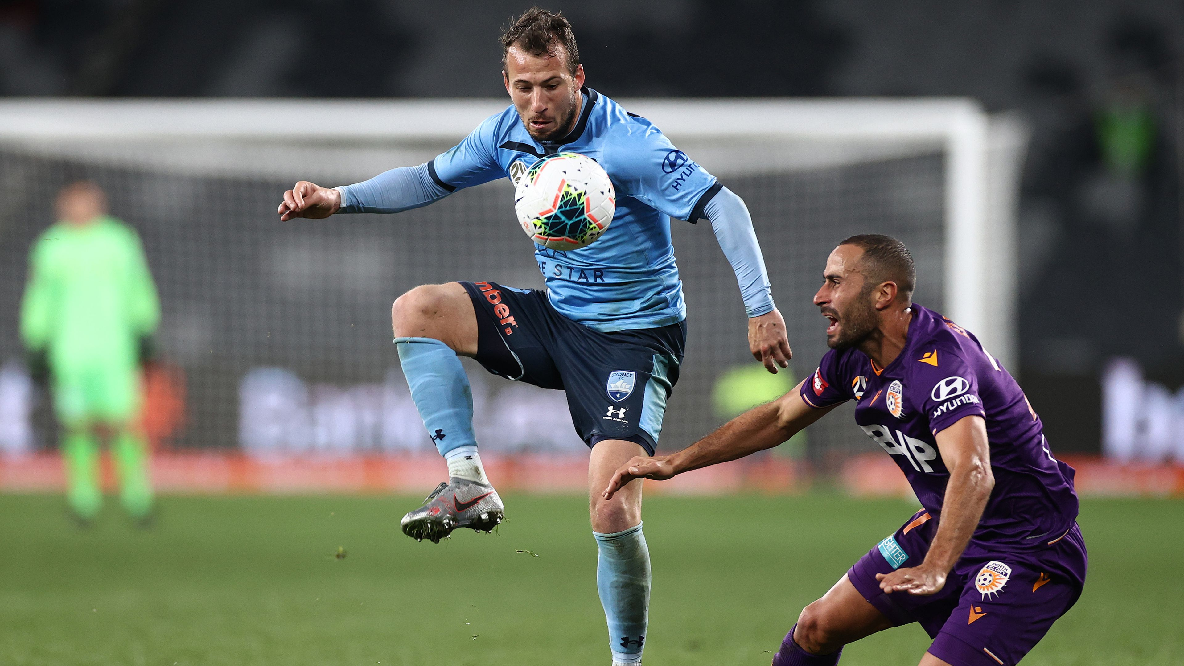 Sydney's COVID-19 outbreak forces delay of A-League, W-League seasons