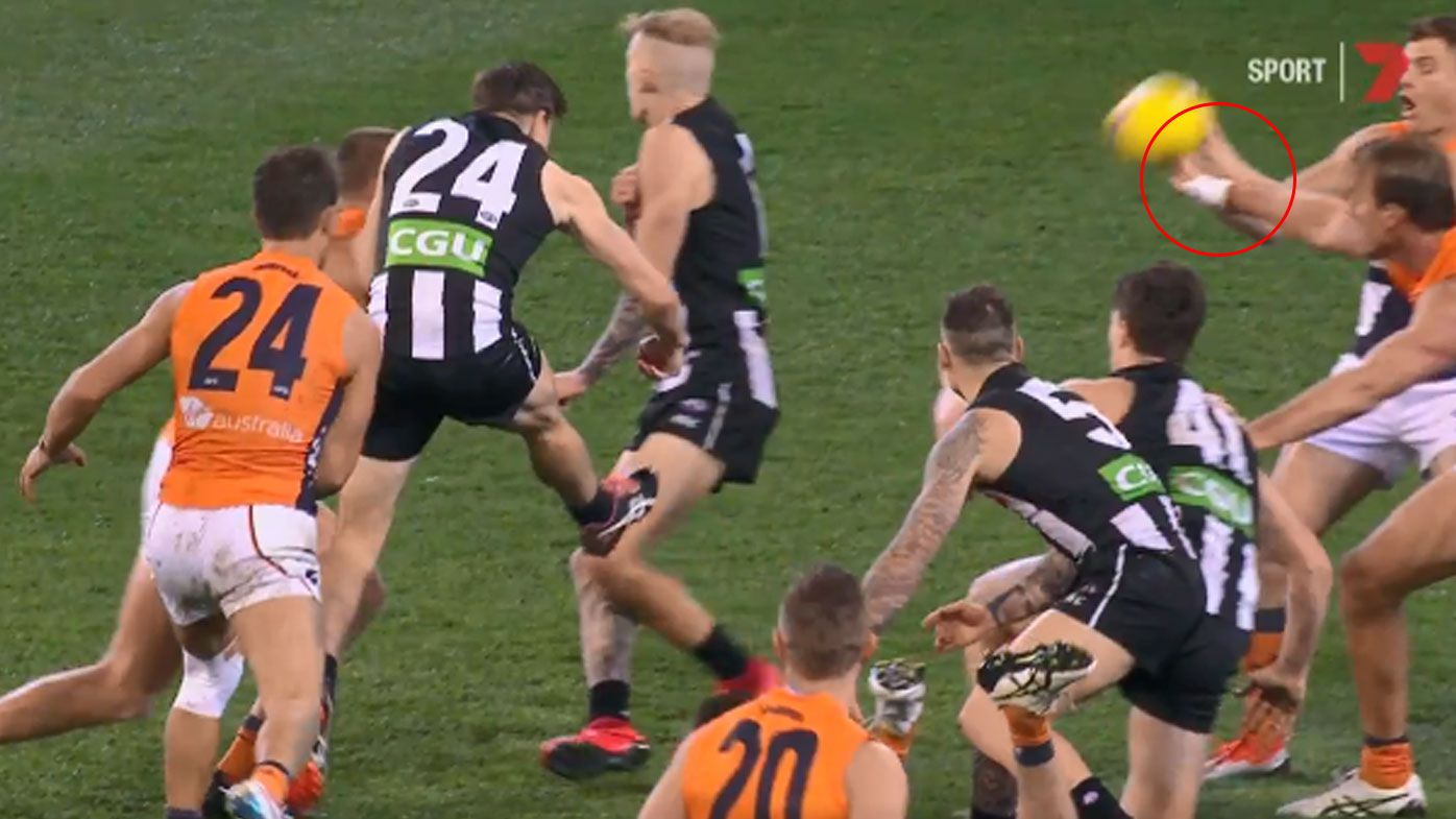 'Embarassing' AFL Review Centre slammed after botched decision in preliminary final