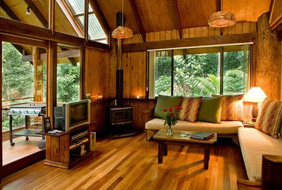 1. The Canopy Treehouses, Queensland