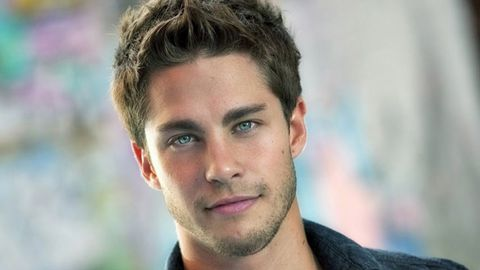 <i>Neighbours</i> star Dean Geyer joins <i>Glee</i>