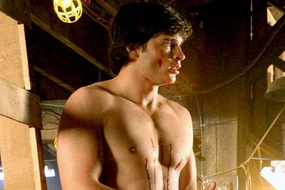 """You kind of have to have the """"hot, corn-fed American farmboy"""" look to play Clark Kent/Superman, and <i>Smallville</i>'s <b>Tom Welling</b> <i>definitely</i> had the look."""