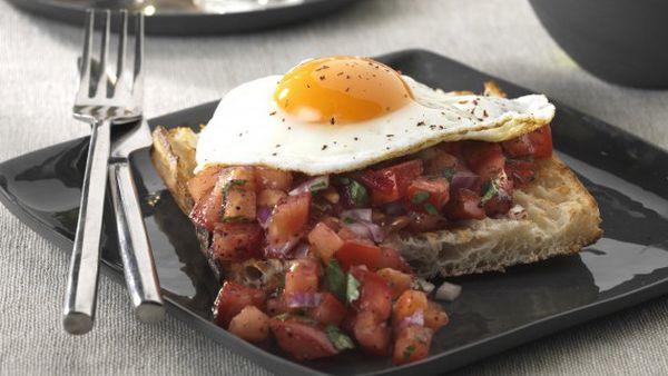 Spicy eggs on Turkish toast