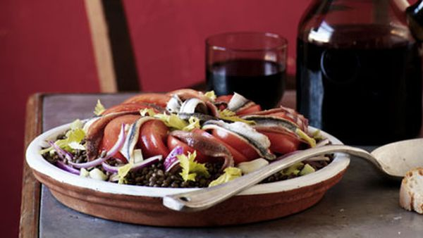 Anchovy, lentil, tomato and onion salad