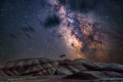 <strong>Painted Hills by Nicholas Roemmelt</strong>