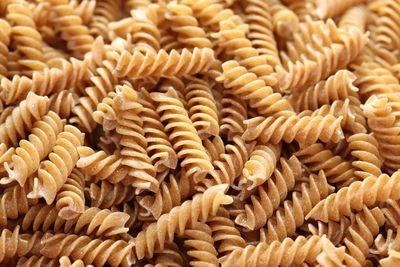 Dinner: Brown pasta (4g fibre/100g serve)