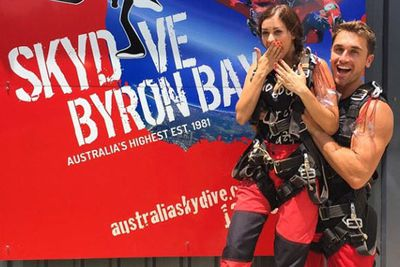 @tysontravel: Asked a girl to jump out of a plane with me... Perfect way to start the New Year!! #ByronBay #SkyDiving #BringOn2015 @RedBalloonExperiences