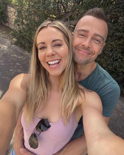 Actor Joey Lawrence announces engagement to actress Samantha Cope.