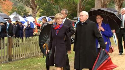 Minister for Foreign Affairs Julie Bishop and John Howard arrive at the Port Arthur commemoration ceremony. Source (9NEWS)