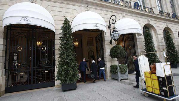 The Ritz, Paris auctions its luxury pieces