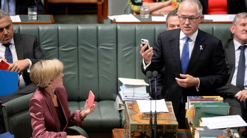 Nobody was 'hacked' during iMessage kerfuffle: Turnbull