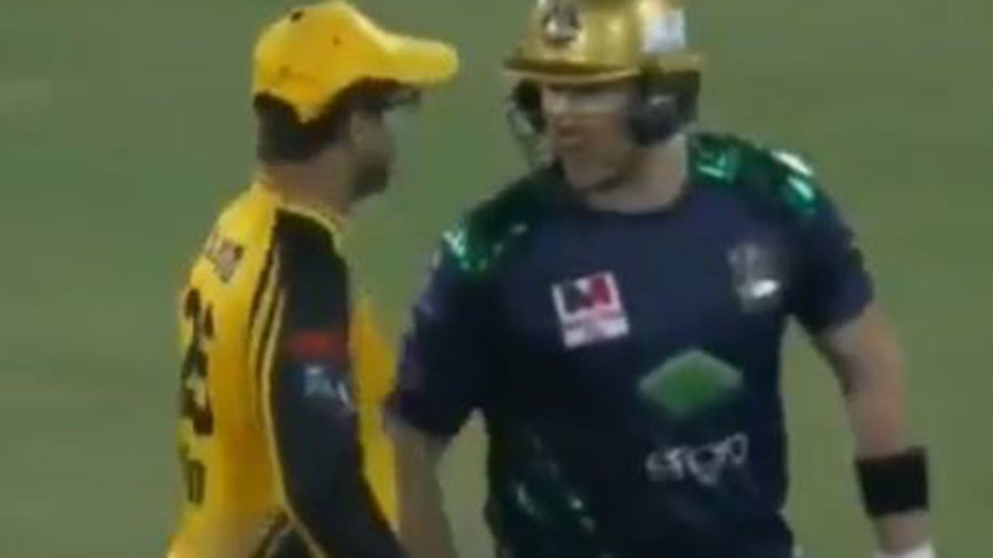 Shane Watson involved in heated exchange during PSL final