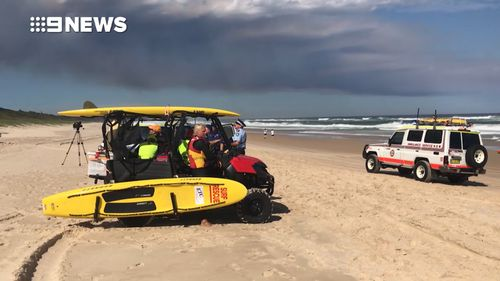 Large, powerful waves of up to 2 metres are reported off the coast of Port Macquarie. (9NEWS)