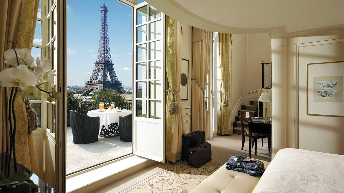 Shangri-la Paris Eiffel Duplex Terrasse Suite