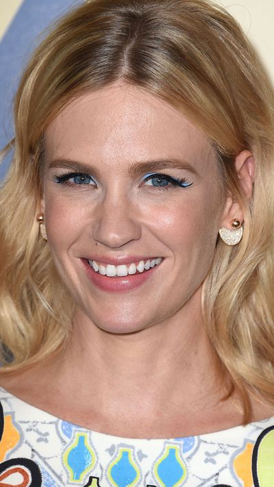 <p>One key look from the Fall 2015 runways was colourful lids - a trend that's as tricky as it is beautiful. For all those who want to play along at home, we've found your muse: actress January Jones, who worked the trend with wearable glee over the weekend. Instead of creating a standard black winged eye, she also lined the flick an electric blue. The result will have you reaching for some colour, so we've rounded up 19 far-from-boring shades to help you in your search.&nbsp;</p>