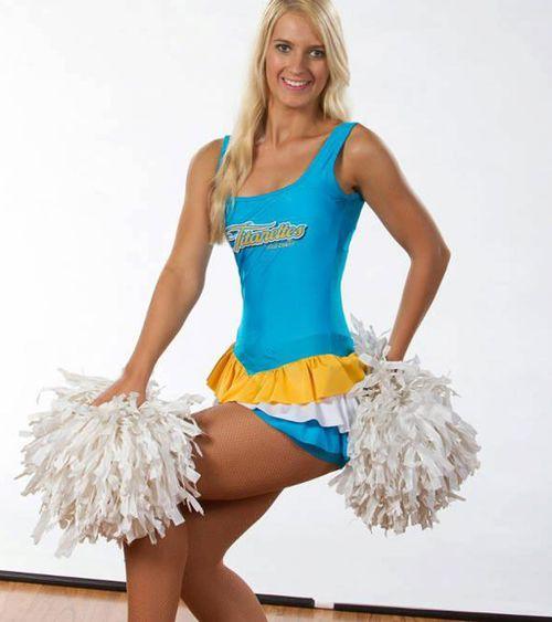 Breeana Robinson was a cheerleader for the Gold Coast Titans.