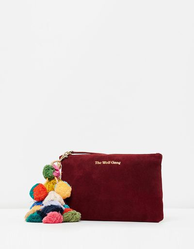 "<a href="" https://www.theiconic.com.au/the-bedouin-clutch-443594.html?wt_se=sem_nonbrand.google.Brands.AU_Shopping_Generic-_-Value%20Based%20Bidding%20(Test).&utm_source=Google&utm_medium=sem_nonbrand&utm_content=Value-Based-Bidding-(Test)&utm_campaign=AU_Shopping_Generic_Basic&utm_term=&gclid=EAIaIQobChMIlIGyntiK2AIVGSUrCh3LhAczEAQYAyABEgJvmfD_BwE"" target=""_blank"" draggable=""false"">The Wolf Gang Bedouin Clutch, $159.00 </a>"