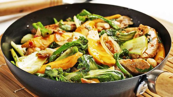 Caramelised chicken and mango stir fry