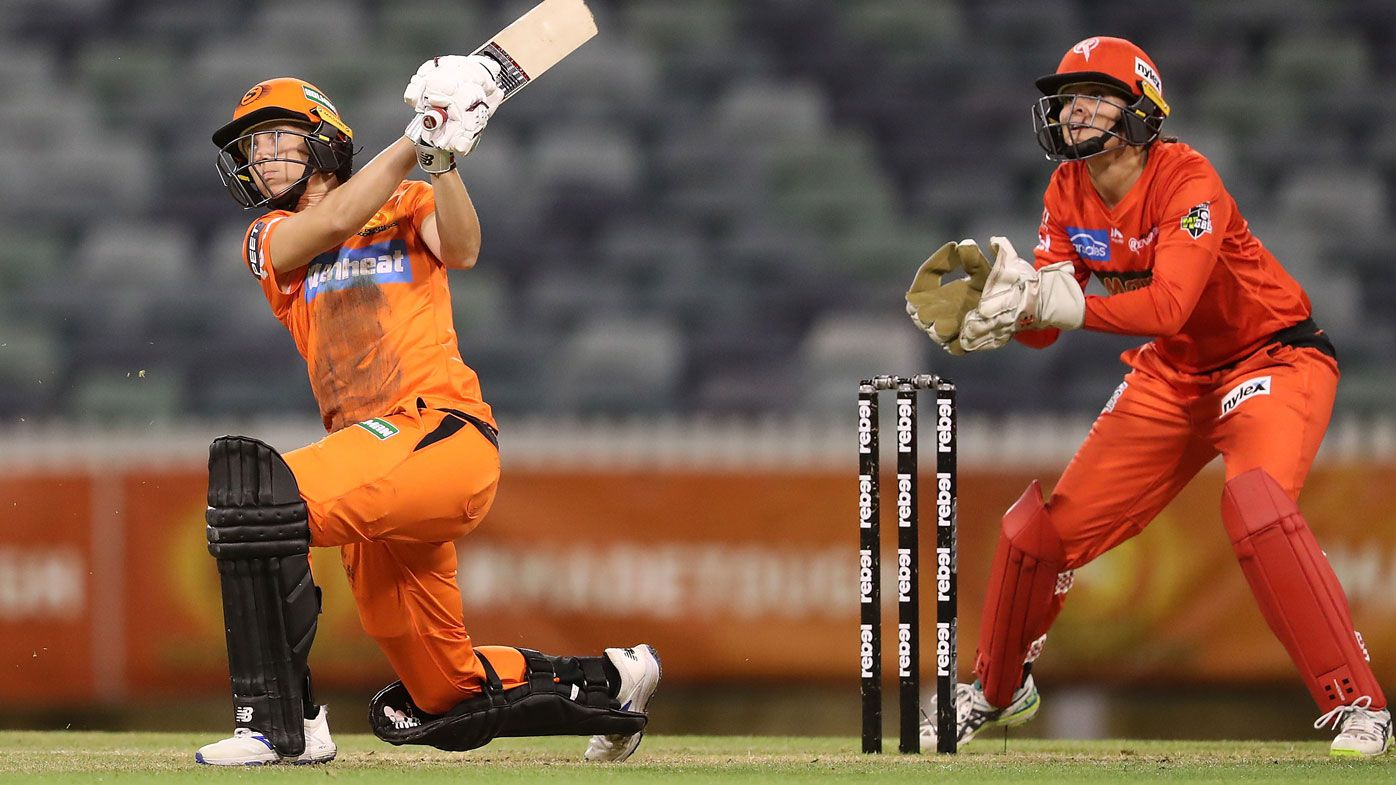 Meg Lanning smashes winning six to lead Scorchers to victory