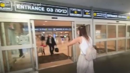 Mum Alona Petrushanska rushes to give her daughter a hug.