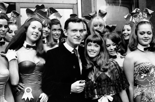 Hugh Hefner and his girlfriend Barbara Benton, 19-year-old coed turned actress, at the Playboy Club in London on September 5, 1969. (AAP)