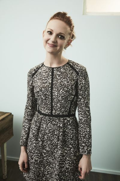 <p>Glee star Jayma Mays, welcomed son Jude this past August with English actor husband, Adam Campbell.</p>