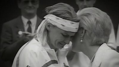 Jana Novotna paid tribute to by tennis community on social media following shock passing