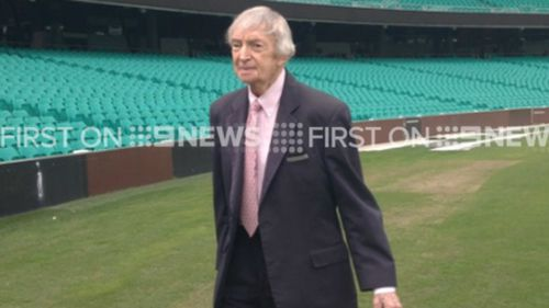Cricket commentator Richie Benaud appears at the Channel Nine cricket season launch. (9NEWS)