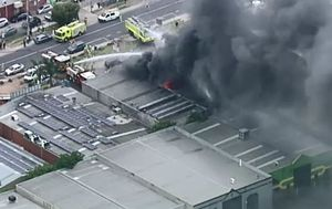Residents told to stay inside after Melbourne factory fire