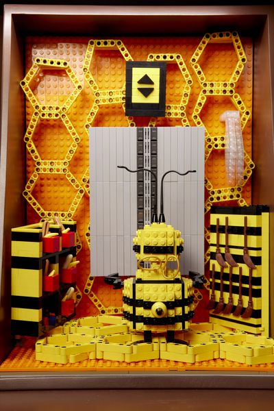 Bee's Locker Room | Underground Challenge