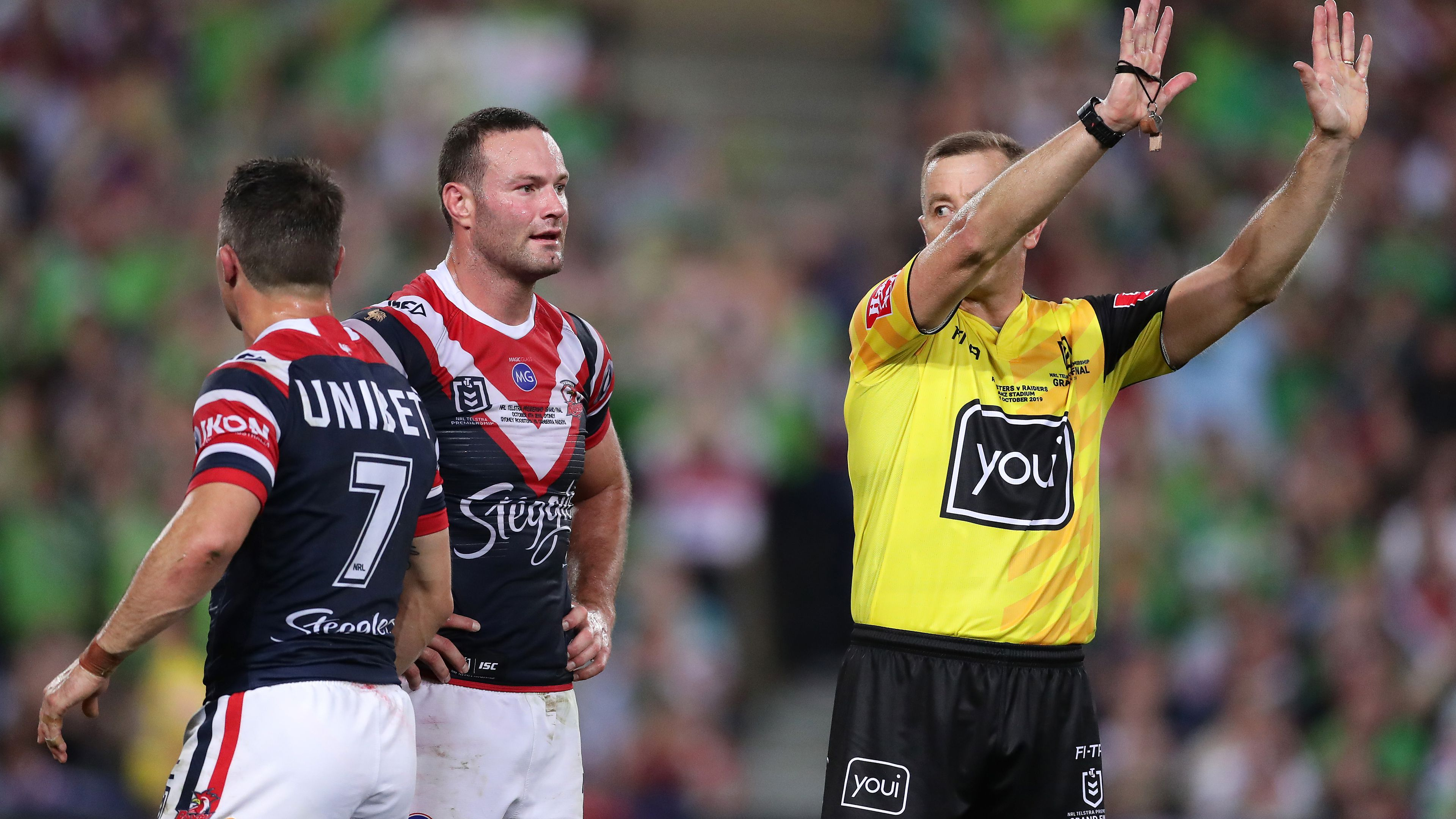 Cooper Cronk is sin binned by referee Ben Cummins.