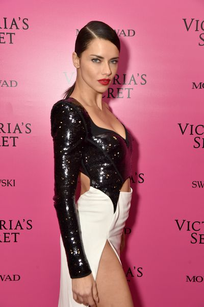 <p>The sequins have settled on the runway extravaganza that was the 2017 Victoria's Secrets fashion show.<br /> <br /> Shanghai played host to the Olympics of fashion that saw 60 top models slip into sky-high stilettos and diamond-encrusted wings to strut their stuff for the world's leading lingerie company.</p> <p>When it comes to the show's after party the models-of-the-moment slipped out of their lingerie and into slinky designer attire that left little to the imagination.</p> <p>Adriana Lima rocked a fitted look from Mugler, Bella Hadid went for a racy red gown from Alexandre Vauthier and Karlie Kloss and Romee Strijd donned sequinned mini-dresses, proving the wisdom behind the old adage: If you've got it, flaunt it.</p> <p> And that theyallreally, really did.</p> <p>Click through to see the best dressed models from the 2017 Victoria's Secret After Party</p>
