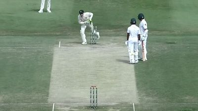 'Total stupidity': Run-out that has to be seen to be believed