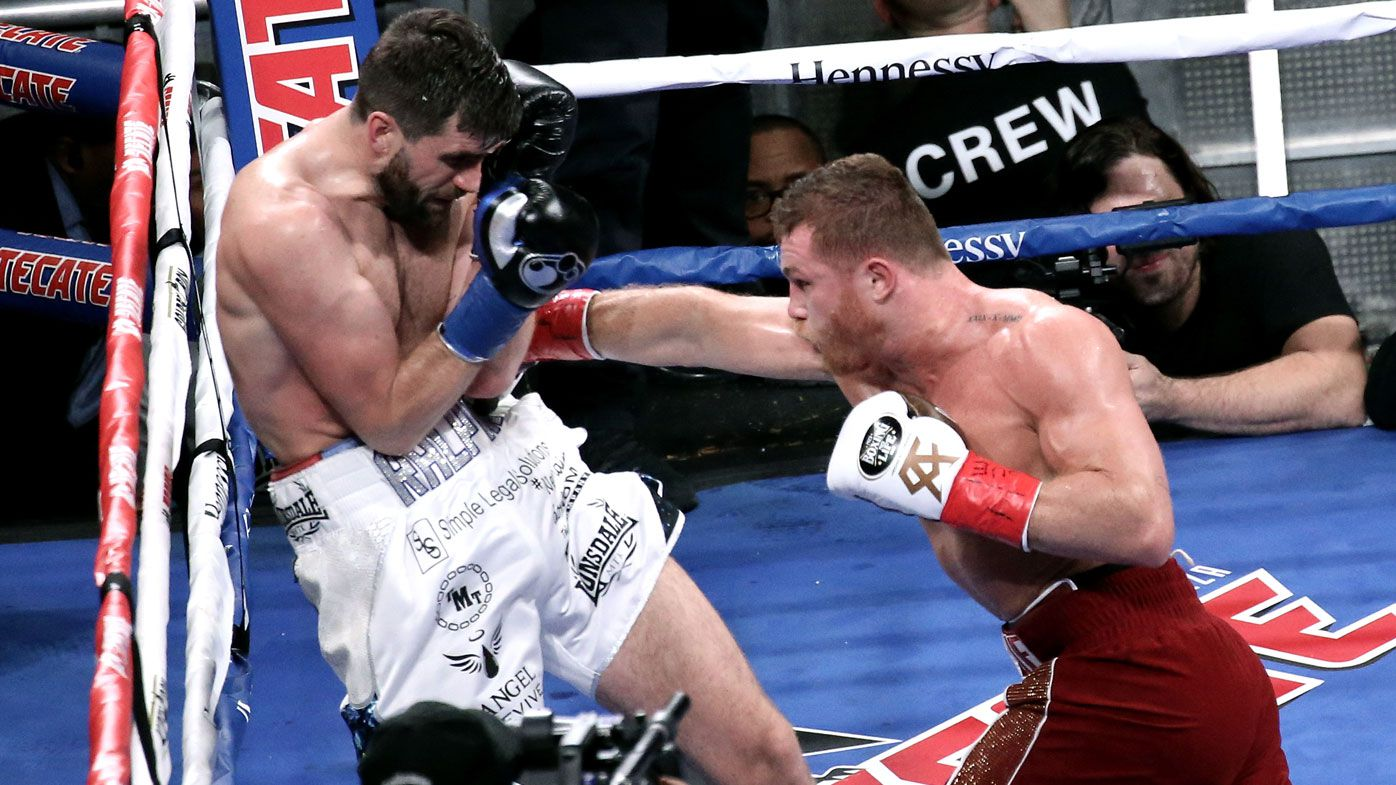 Boxing: Canelo Alvarez makes short work of Rocky Fielding to claim third title