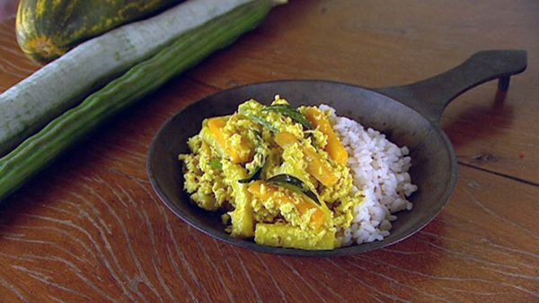 Avial (mixed vegetable curry)