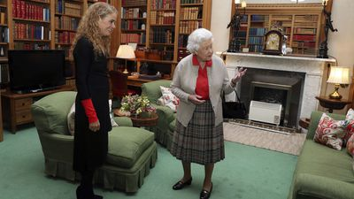 The Queen greets Julie Payette at Balmoral Castle, September 2017