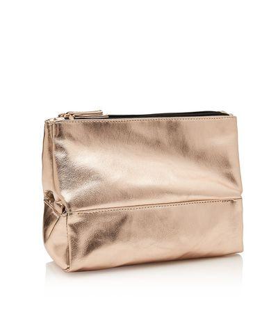 """<a href=""""http://www.sportsgirl.com.au/jetsetter-travel-beauty-bag-gold-rose-gold-all"""" target=""""_blank"""">Sportsgirl Travel Beauty Bag in Gold, $24.95.<br> </a>"""