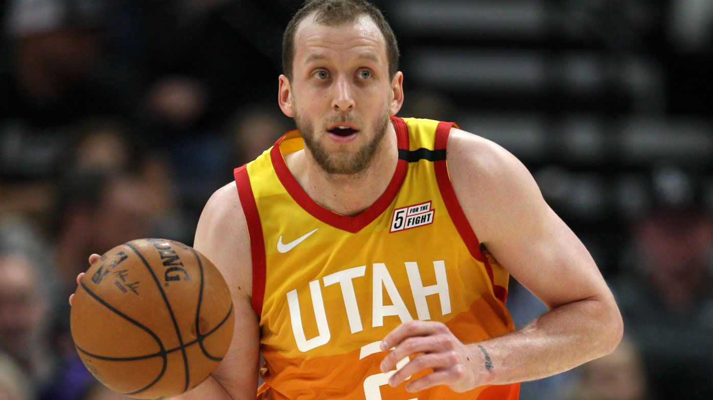 Joe Ingles calls out NBA fan's poor selfie manners, gets apology after viral tweet