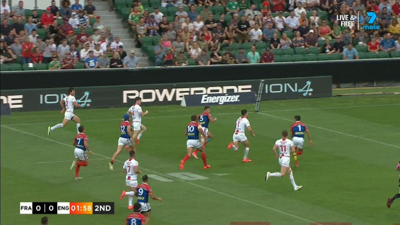 Widdop draws first blood for the English