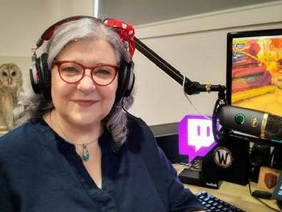 Older female Twitch gamer