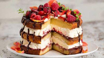"Recipe:<a href=""http://kitchen.nine.com.au/2016/05/05/10/08/carolyn-hartzs-sugarfree-vanilla-layer-cake"" target=""_top"" draggable=""false"">Carolyn Hartz's sugar-free vanilla layer cake</a>"
