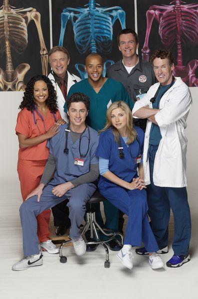 Scrubs cast, Judy Reyes, Ken Jenkins, Donald Faison, Neil Flynn, John C. McGinley, Sarah Chalke and Zach Braff.