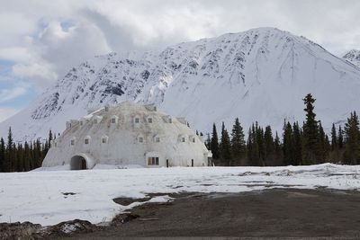 <strong>Igloo City, Alaska</strong>