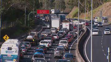 A serious crash has caused major delays on South Australia's South Eastern Freeway.