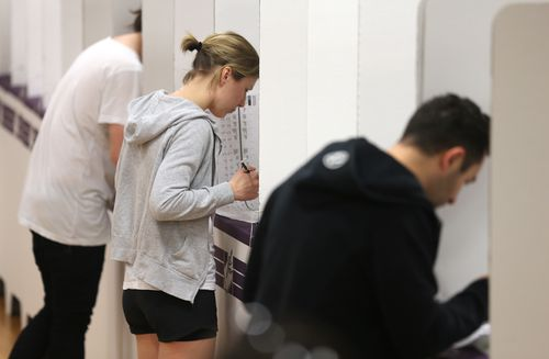 Three-in-10 NSW voters to go early: expert